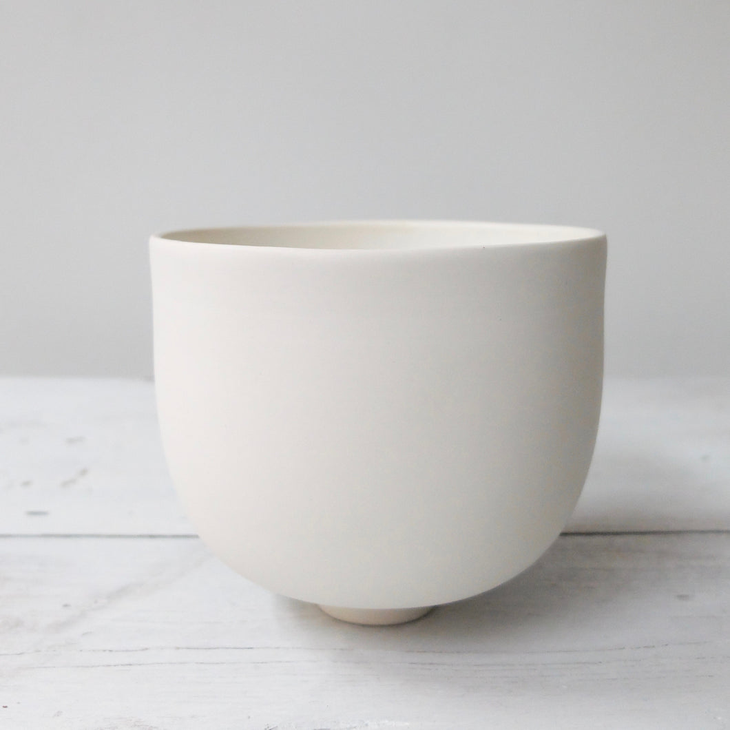 Tanya McCallin Porcelain Vessel TM1