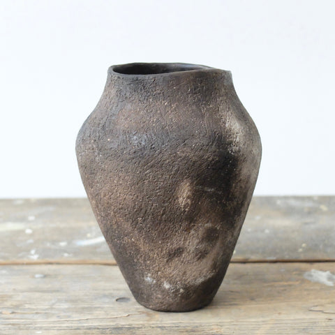Tanya McCallin pale buff stoneware vessel TM36