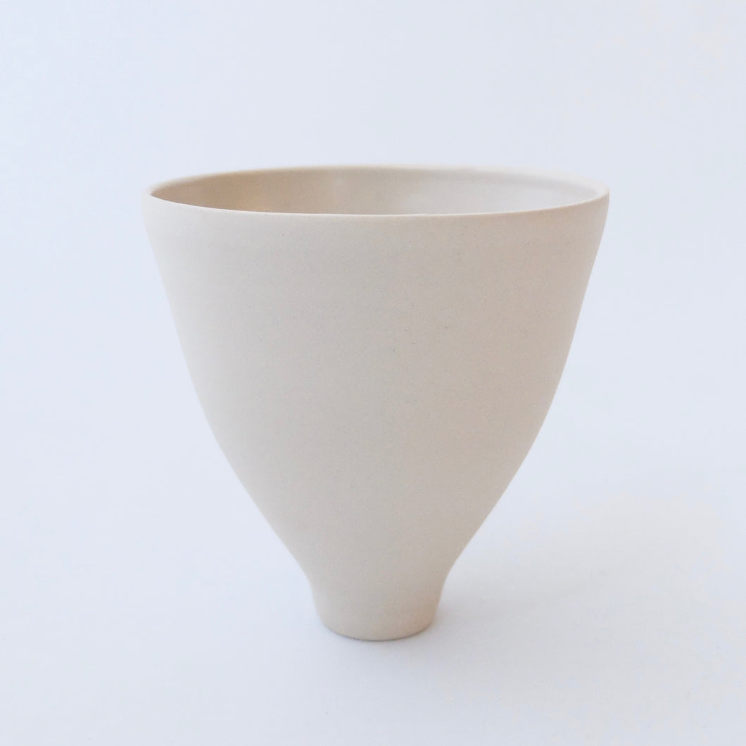 Tanya McCallin pale buff stoneware vessel TM37