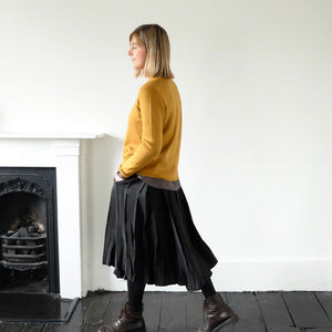 (AW20)  A.B Apuntob Wrap Skirt in black