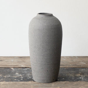 Hannah Blackall Smith Grey Cocoon Vase 9