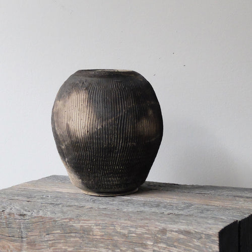 Hannah Blackall Smith Large Oval Smoke Fired vase 1