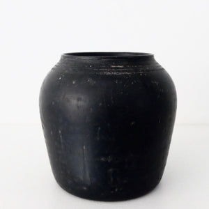 Kenta Anzai Black Urushi Pot