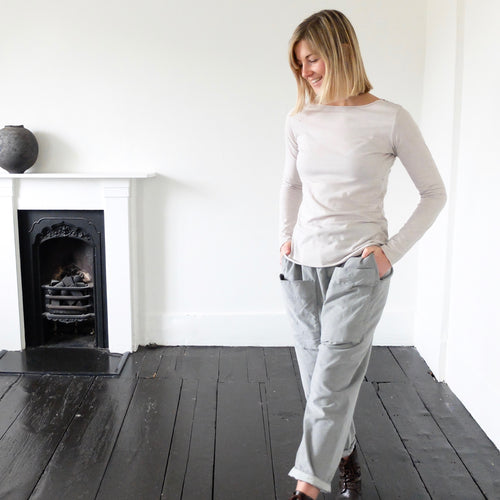 (AW20) Album Di Famiglia Velvet Braghe Trousers in dove grey
