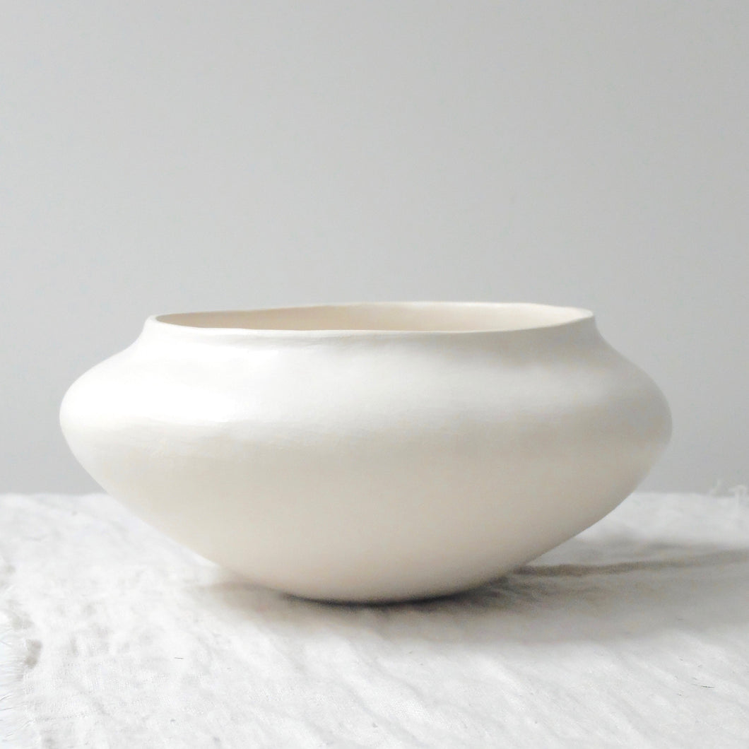 (SE) Enriqueta Cepeda White Clay Vessels No.4