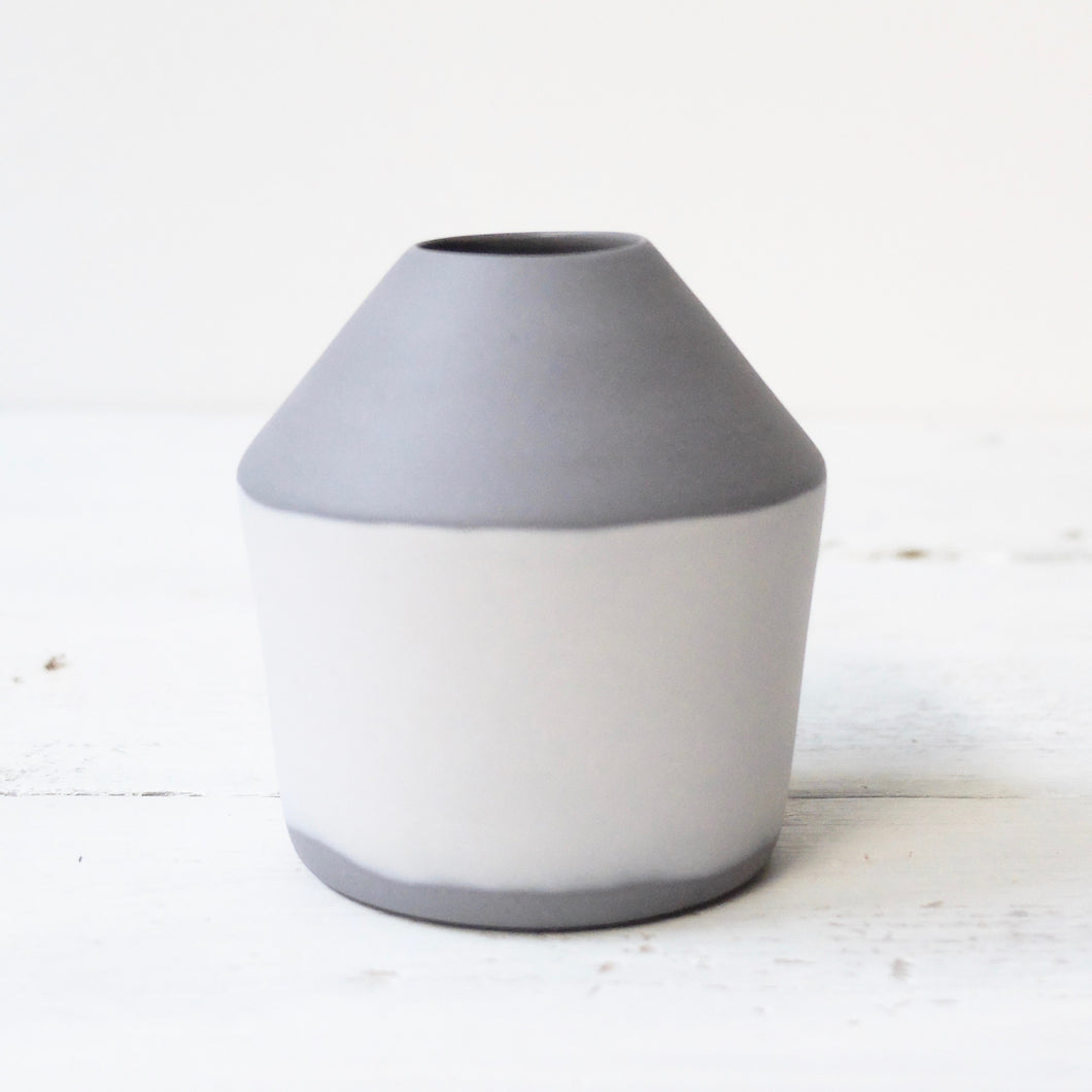 (SE) Nathalie Lautenbacher Seam Vase Small - Grey / Light Grey
