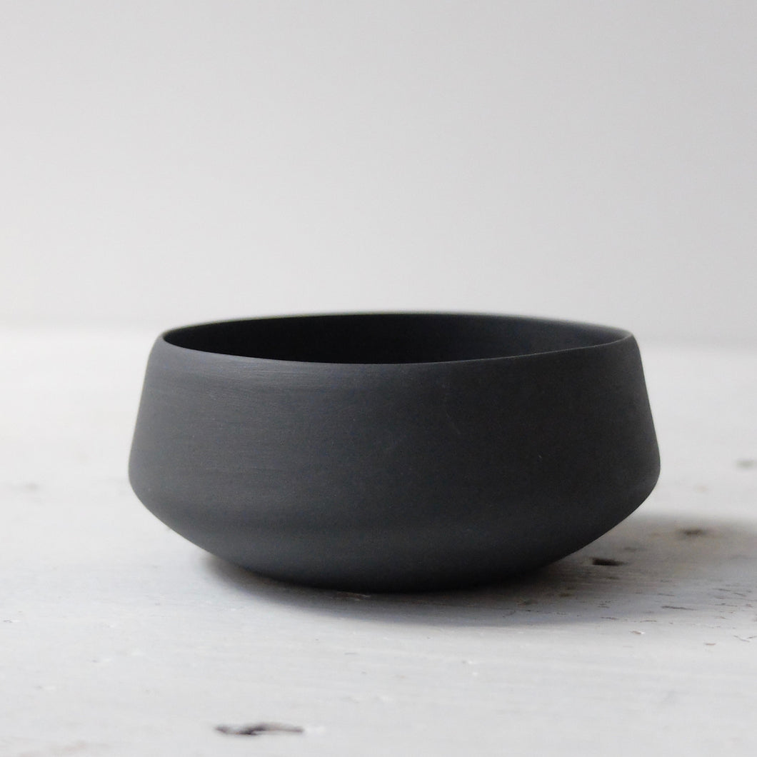 (SE) Nathalie Lautenbacher Sugar Cup in Charcoal