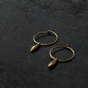 Kerry Seaton 18ct gold rice grain hoops