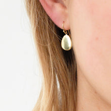 Marina Spyropoulos MS18  18ct Yellow Gold Flat Pebble Earrings