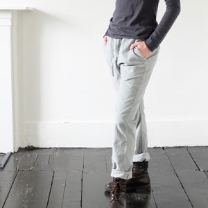 (AW20) Album Di Famiglia  Velvet Basic Trousers in dove grey