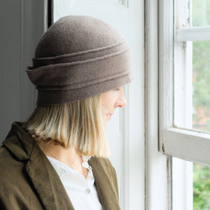 (AW20) SCHA short crown hat in clay