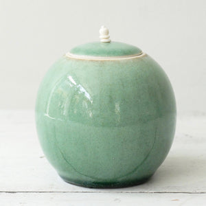 Kate Schuricht Lunar Large stoneware pot