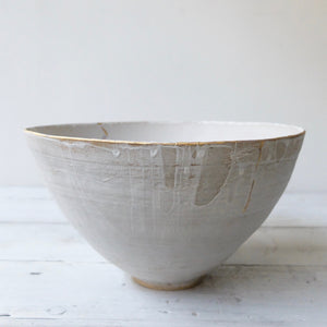 Abigail Schama Bowl with Gold Lustre 4
