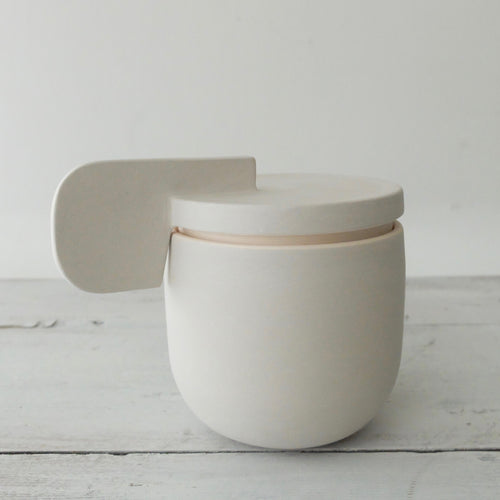(PE) Derek Wilson medium light grey porcelain Container