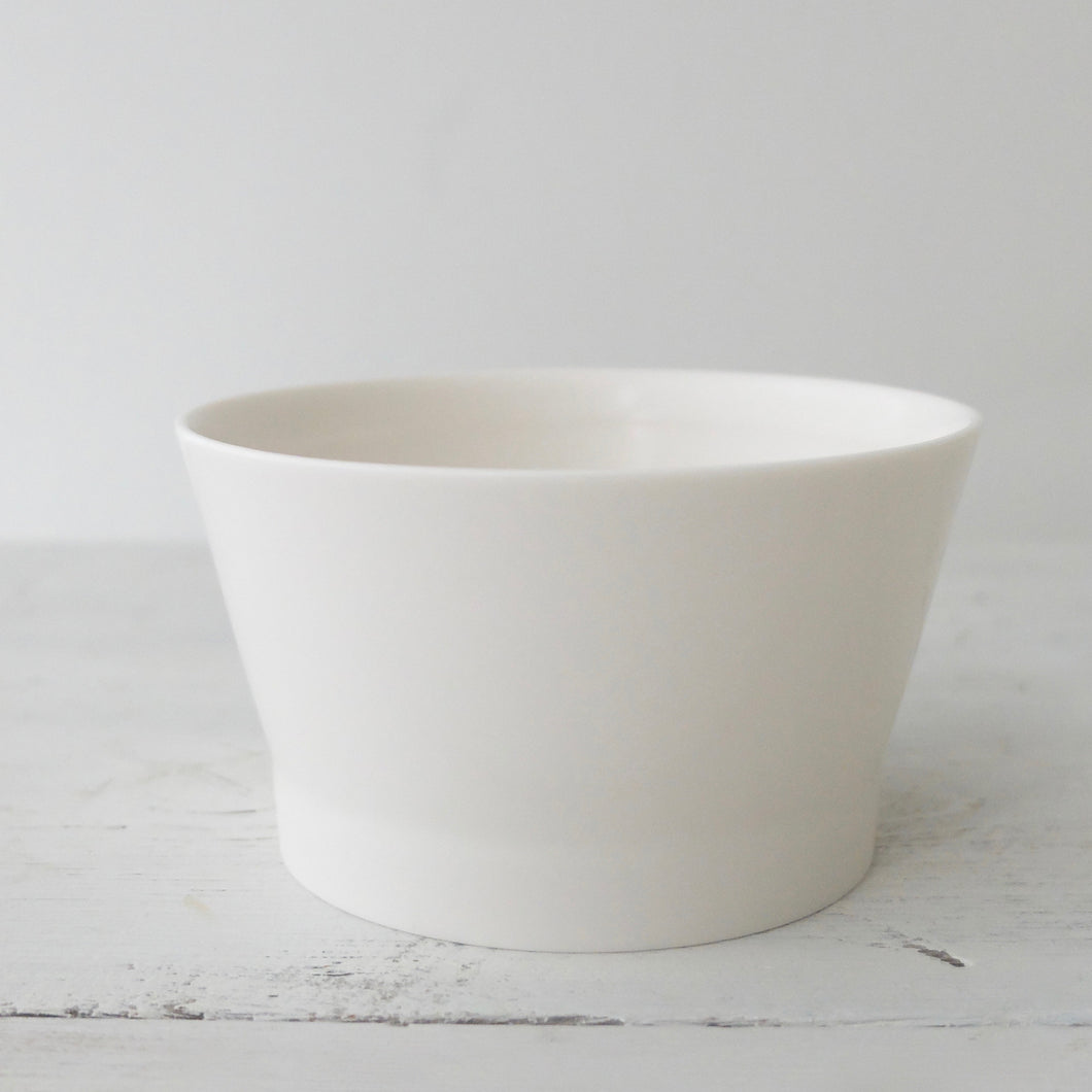 Jae Jun Lee Porcelain bowl