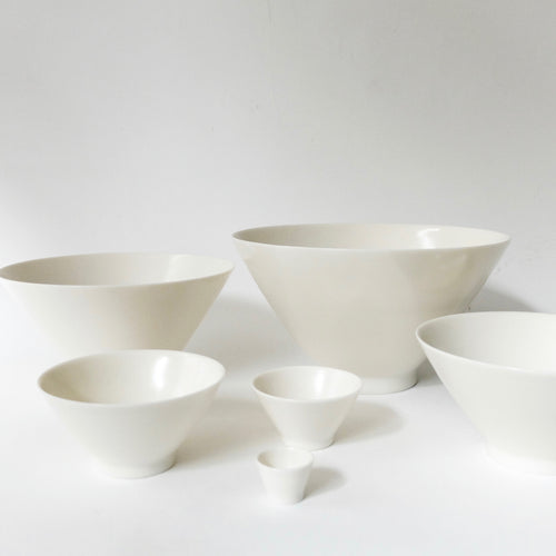 Jae Jun Lee set of six hand thrown porcelain bowls
