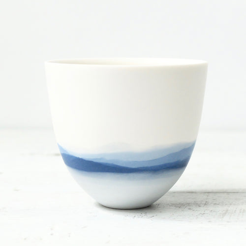 Celia Dowson Mountainscape Indigo Small Vessel (16)