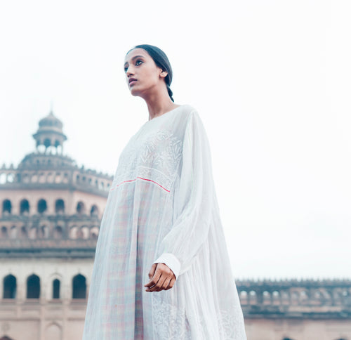 (SS21) Injiri hand woven and embroidered muslin dress pink
