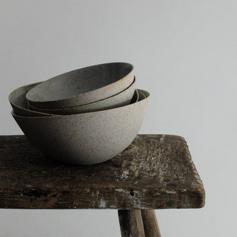 Sue Paraskeva Porcelain speckled bowls