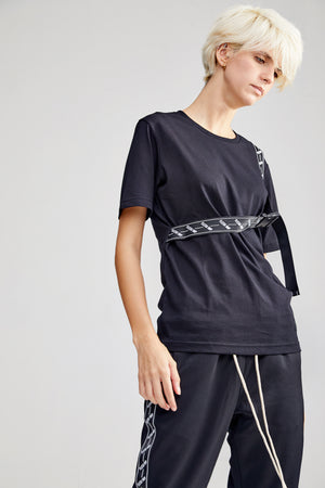 BELT BLACK T-SHIRT