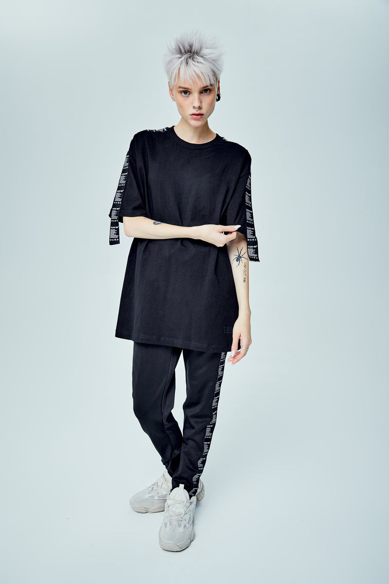 WASHCARE OVERSIZED BLACK T-SHIRT