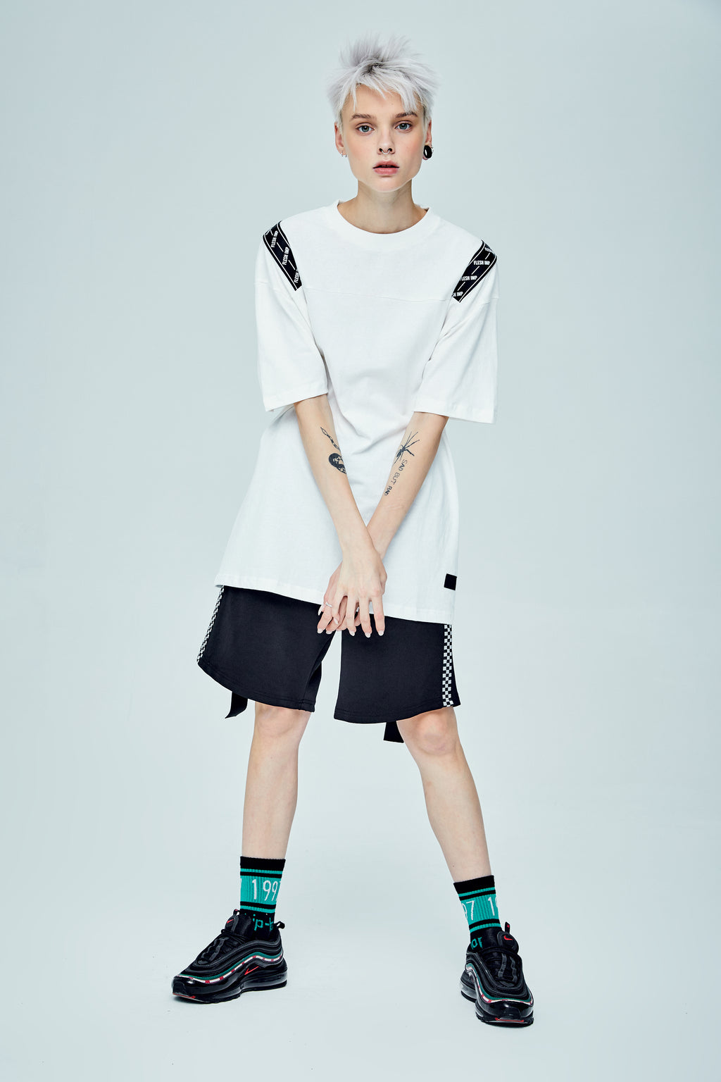 CALDWELL OVERSIZED WHITE T-SHIRT