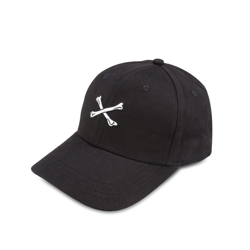 CROSSBONE BLACK STRAPBACK