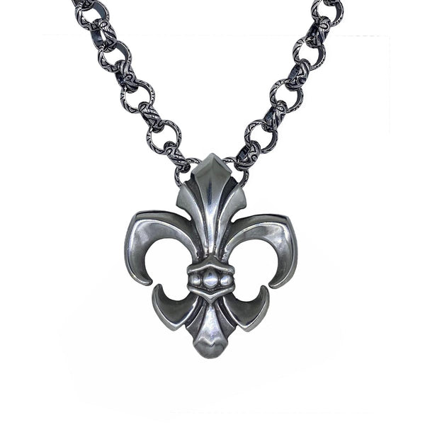 Fleur de Lis on Monarch Link Chain