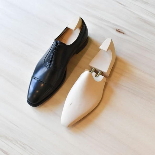 The ShoeCare-Shop - Shoe Trees, Premium Lindehout, Onderhoud | NEW TAILOR Webshop