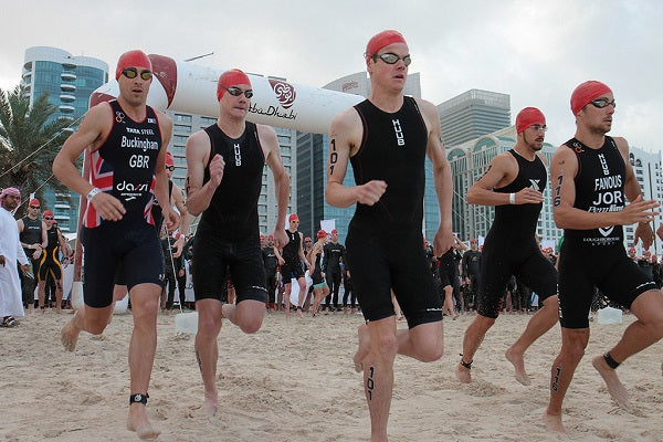 HUUB triathletes beginning swim