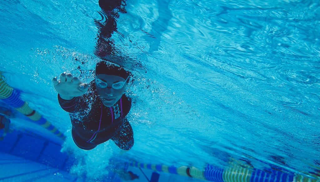 Pool training for open water swimming – HUUB Design