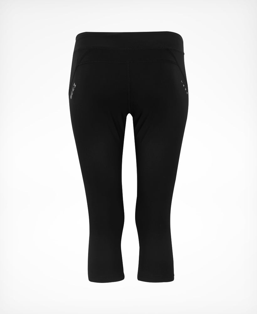 Tana Training Capri Leggings