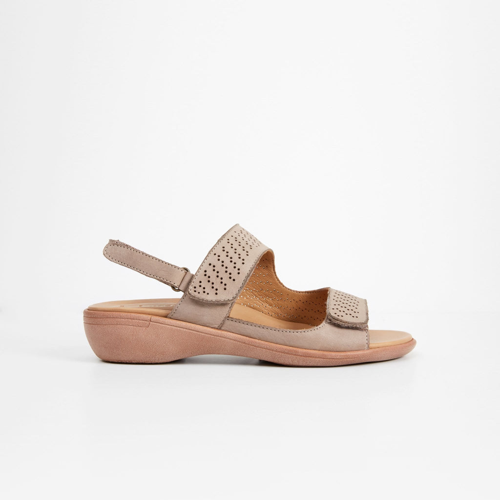 LEISURES FLAT SANDALS HOLT