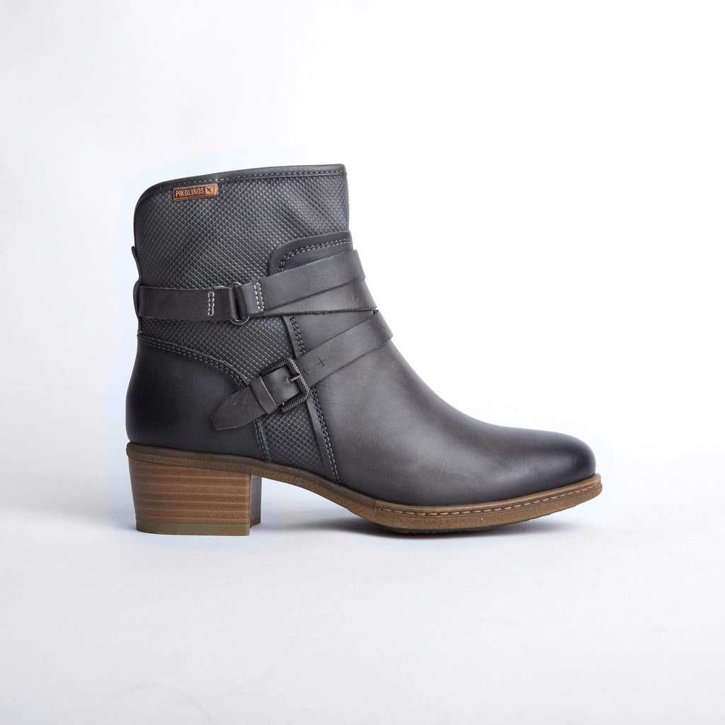 PIKOLINOS MEDIUM HEELED ANKLE BOOTS 8907