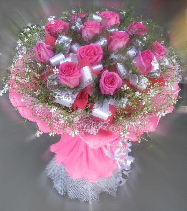 10 Pink Rose Designer Bouquet - F005