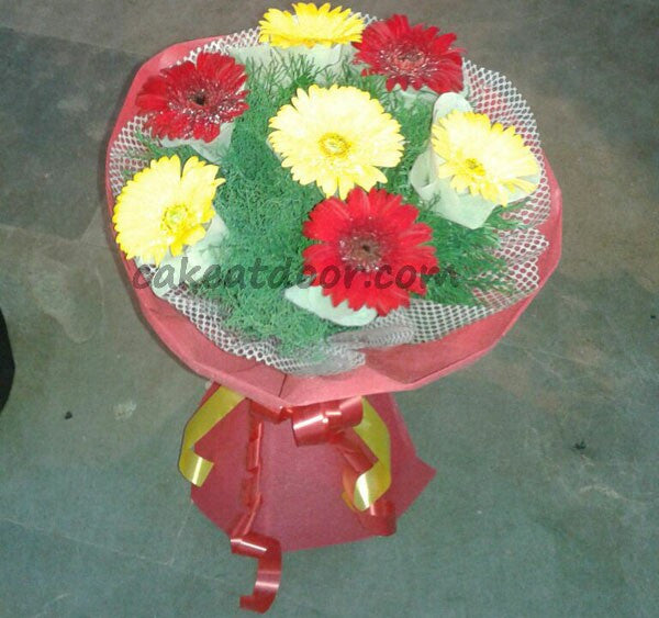 7 Mixed Color Gerbera Flowers Designer Boquet - F011