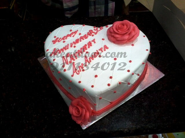 Anniversary Special Heart Cake White Base - C123