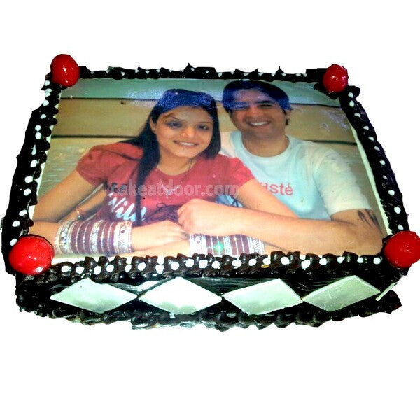 Light Chocolate Couple Photo Cake - C027