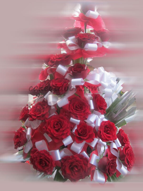 18 Rose Basket - Red Theme - F007