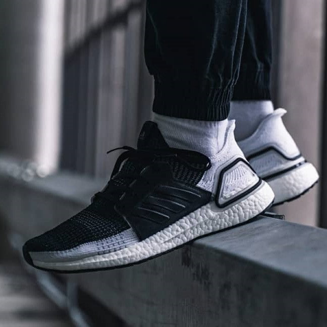 "Adidas Running Ultra Boost 19 ""CORE BLACK / GREY SIX / GREY FOUR F17"" - Tmall Original"