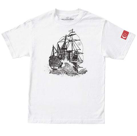 Ubisoft Unisex - Assassin's Creed - Singapore T-Shirt - Small White (APPAREL) APPAREL Game
