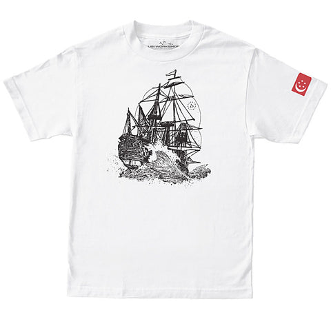 Ubisoft Unisex - Assassin s Creed - Singapore T-Shirt - Large White (APPAREL) APPAREL Game