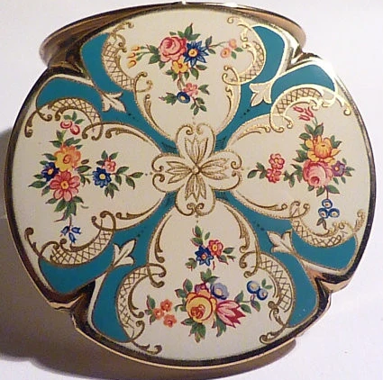 The Stratton Piccadilly Four Leaf Clover Shaped Compact Mirror 1959 / 1960
