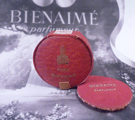 Extremely rare antique compacts Bienamie - The Vintage Compact Shop