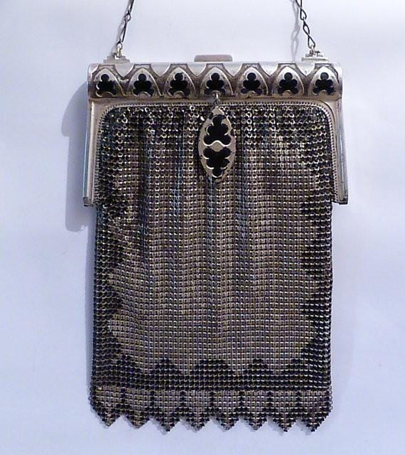 Antique Whiting & Davis mesh bag monochrome authentic roaring twenties mesh purse 1920s