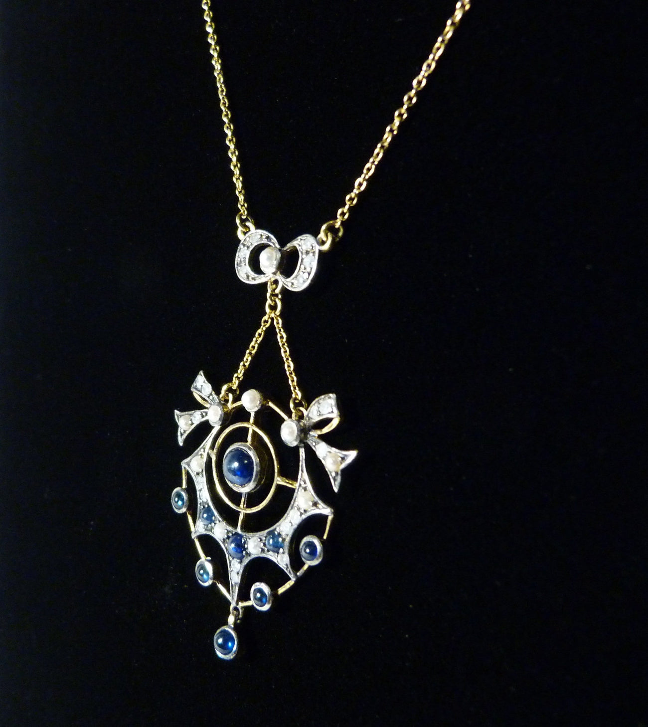 Art Nouveau hallmarked gold necklaces
