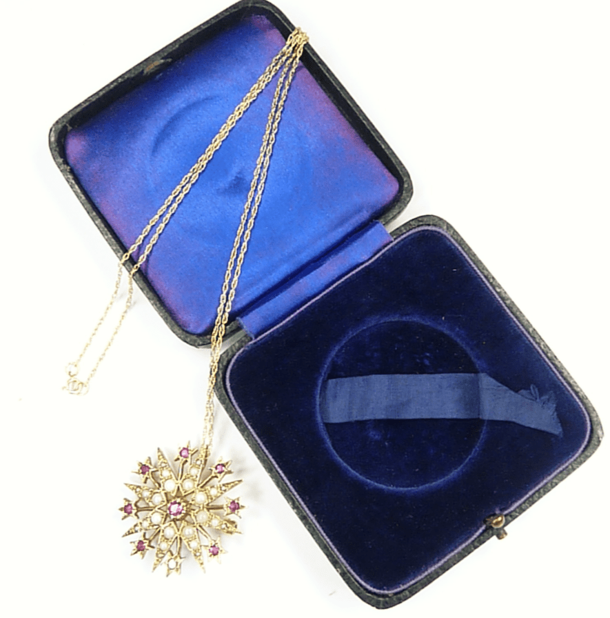 Cased Hallmarked Gold Victorian Star Pendant.