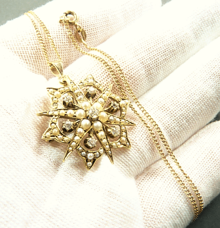 Diamond Gold And Pearl Necklace