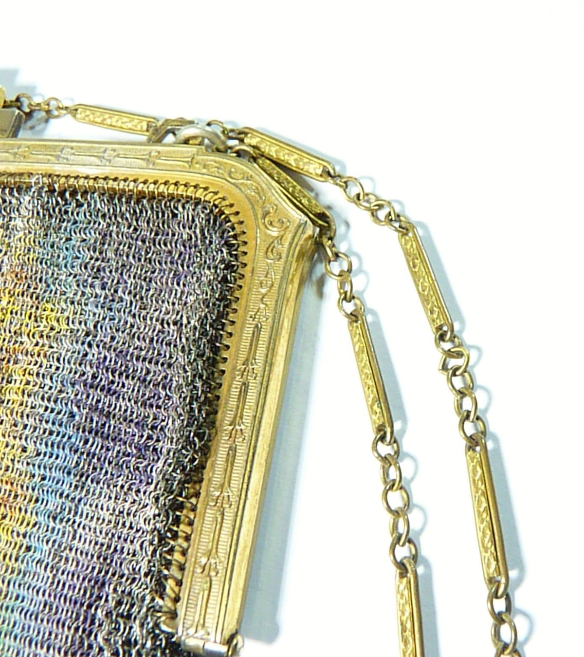 Dresden mesh enamel purse frame and gold chain