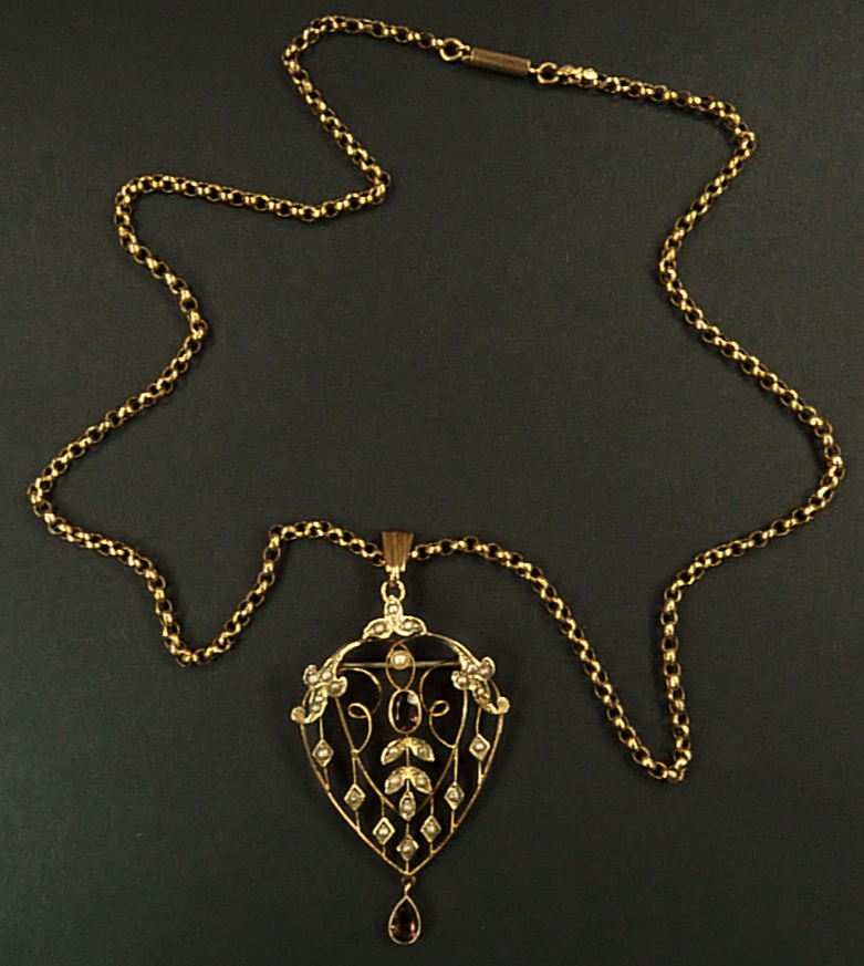 Edwardian Hallmarked Gold Pendant And Necklace.